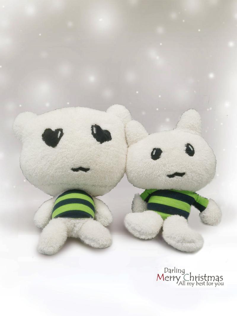 白色可爱公仔毛绒玩具