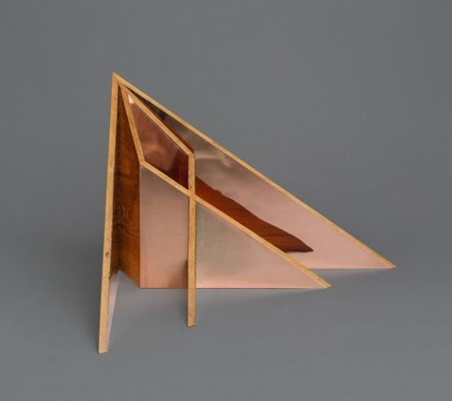 """木质""""折纸艺术""""家具"""
